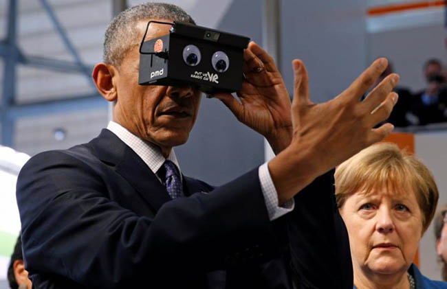 obama-vr-cardboard-googly-eyes2-810x525
